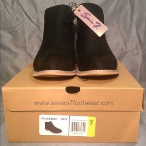 NWT SEVEN7 Ankle Boot - Vegan Leather/Suede